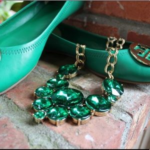 Jewelry - Emerald Green Statement Necklace